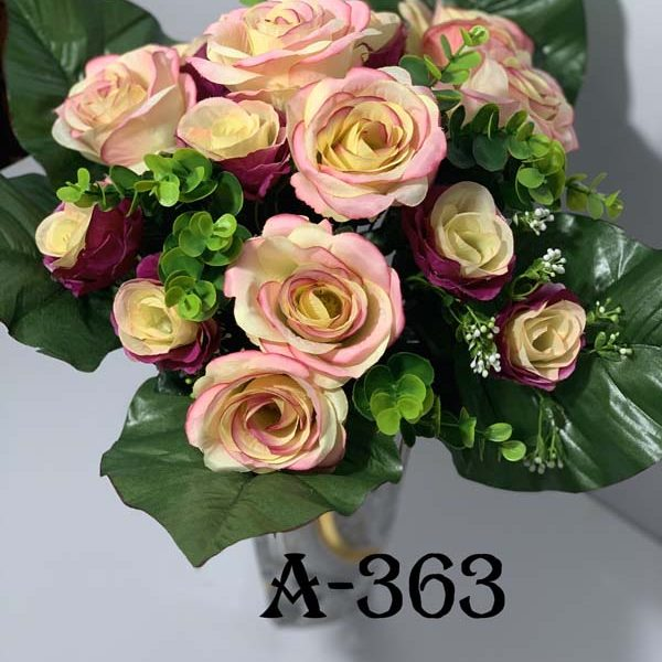 Искусственный букет A-363, Розы и самшит